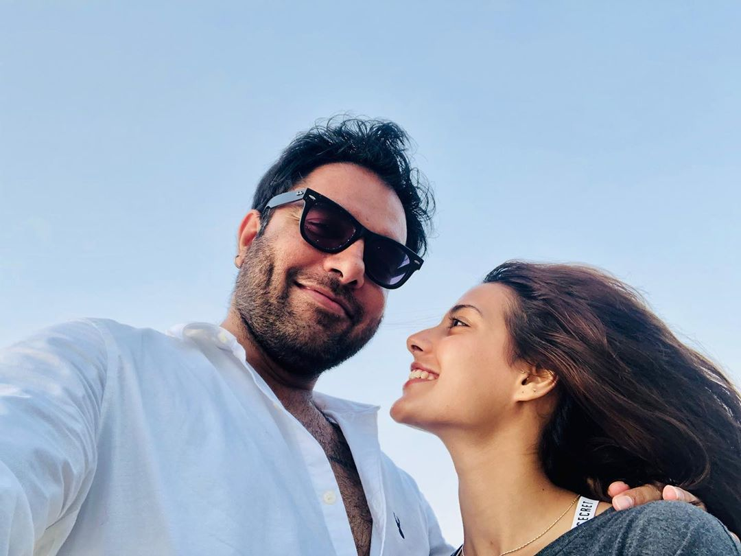 Yasir Hussain loving Iqra Aziz more on rejecting whitening cream ad offer