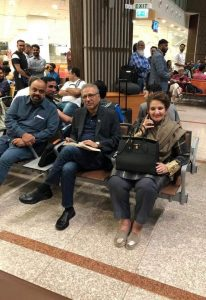 President Arif Alvi spotted at #Islamabad International airport. He was heading over to #Japan via a commercial flight 