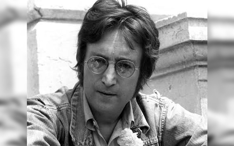 John Lennon S Round Glasses Sell For Nearly 200 000 Baaghitv English