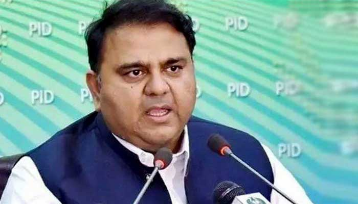 Nawaz, Ghani fled abroad with bags of US dollars: Fawad